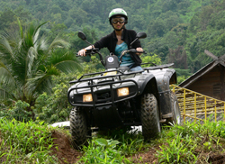 Our guides will take you to the one of the most beautiful trails, lined with sea of hills and mountains of the Chiang Dao Range and huge spread of timber forest