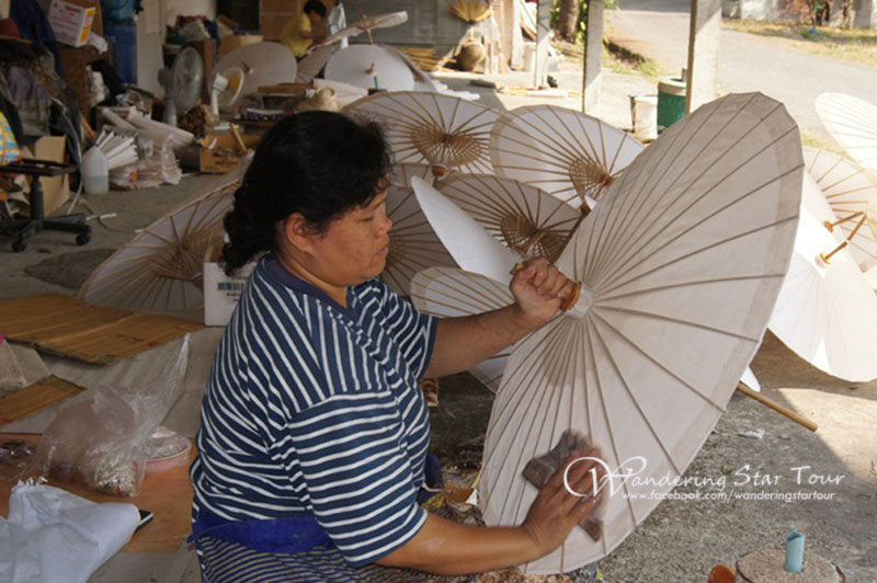 Home Industry In Borsang Sankampang Chiang Mai Tours