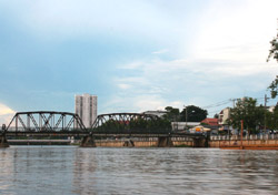 Take a river cruise and see Chiang Mai from the river