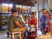 See how to make Thai Silk