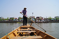 The sculling boats to take tourists to Wat Tilok Aram Temple