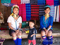 Visit Karen long neck tribe who wear brass neck-ring where you will meet The Karen Long Neck (Padaung) Akha and Lahu at Baan Tong Luang Agriculture.