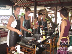 If you have a heart for art, There is an one cooking school with an organic kitchen garden in the midst of Chiang Mai