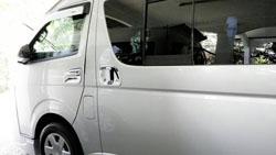 Private Mini bus Rental Chiang Mai-Toyota Commuter D4D Mini bus 14 seats