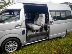 Private Mini bus Rental Chiang Mai-Toyota Commuter D4D Mini bus 10 seats