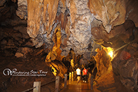 Chiang Dao Cave : Explore the wonders of the limestone cave