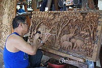 See how to make the famous local handicrafts such as Thai silk, wood carving, silverware, lacquerware and the most famous speciality of this village-umbrella making.