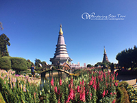 Visit Two beautiful pagodas Phra Mahathat Nophamethanidol and Phra Mahathat Nophol Bhumisiri, pagodas